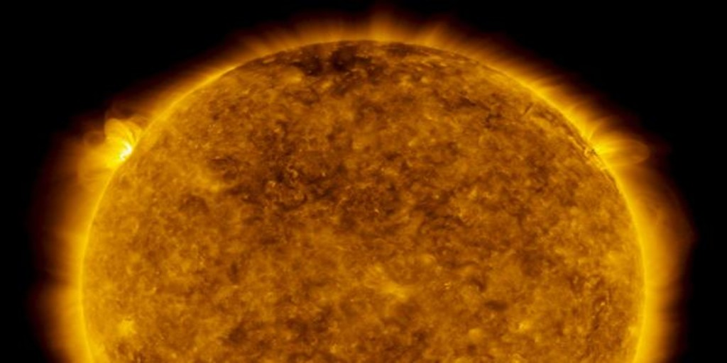 Sun Produces Biggest Solar Flare in Two Years After Unusual Quiet Period